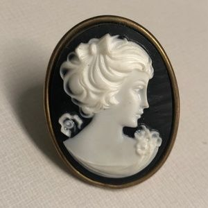 Tarina Tarantino Iconic Black Cameo Ring